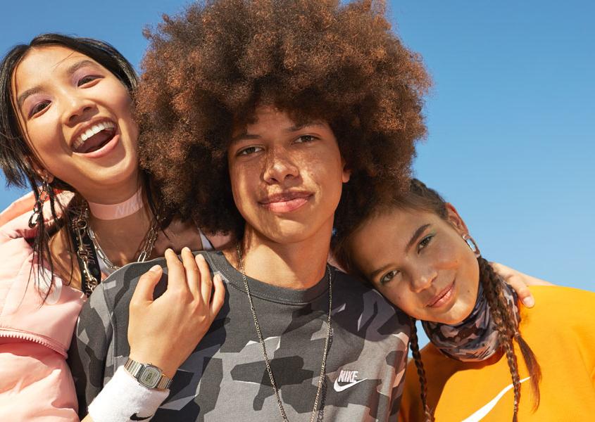 Spot Nike con Lisa e Louisa - Abbigliamento sportivo Nike Factory Store